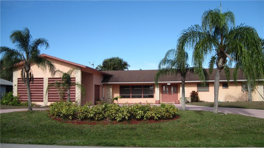 343 SE Verada Avenue, Port Saint Lucie, FL 34983