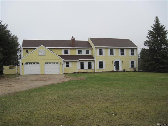 60 W SUTTON RD, Lapeer Twp, MI 48455
