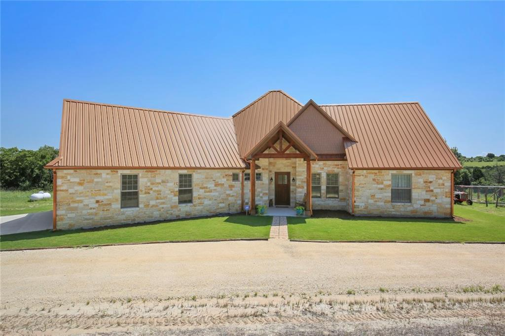 215 Meandering Hills Trail, Stephenville, TX 76401