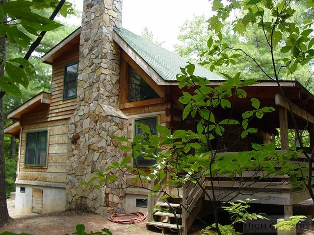 1105 Fall Creek Road, Purlear, NC 28665