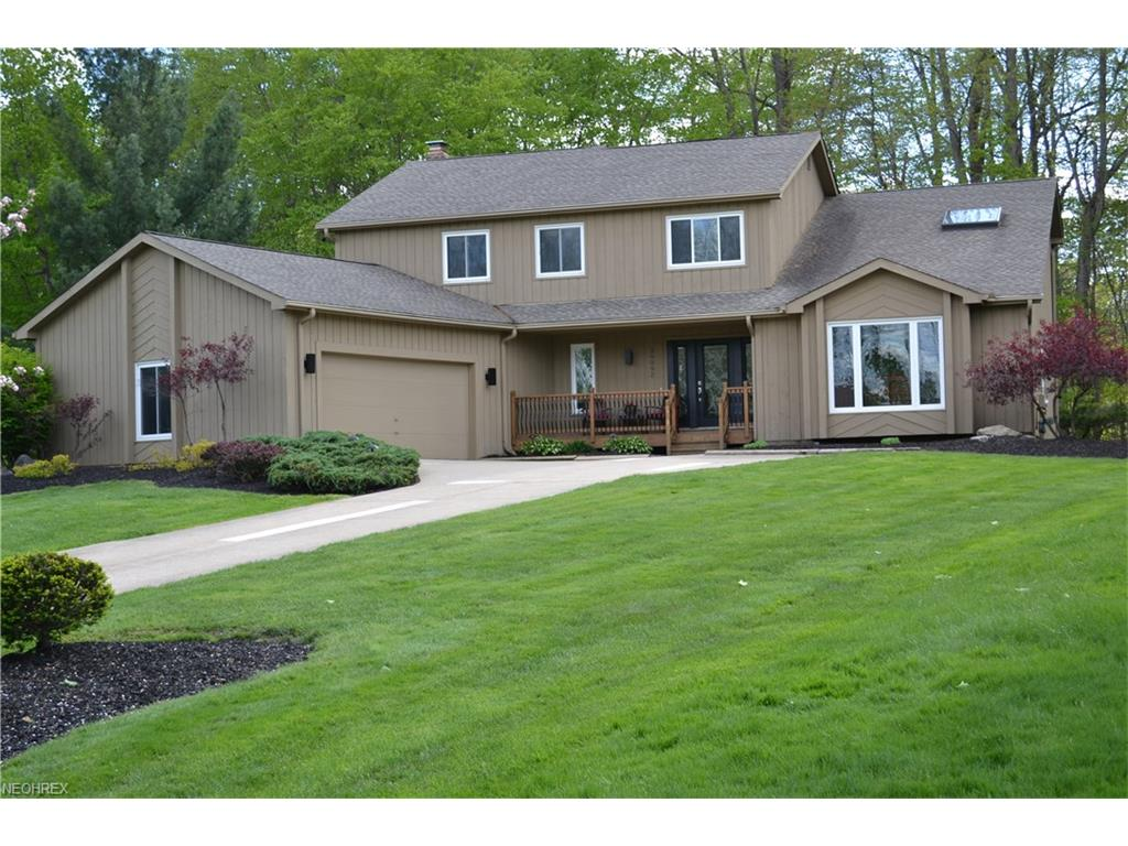 36092 Derby Downs Dr, Solon, OH 44139