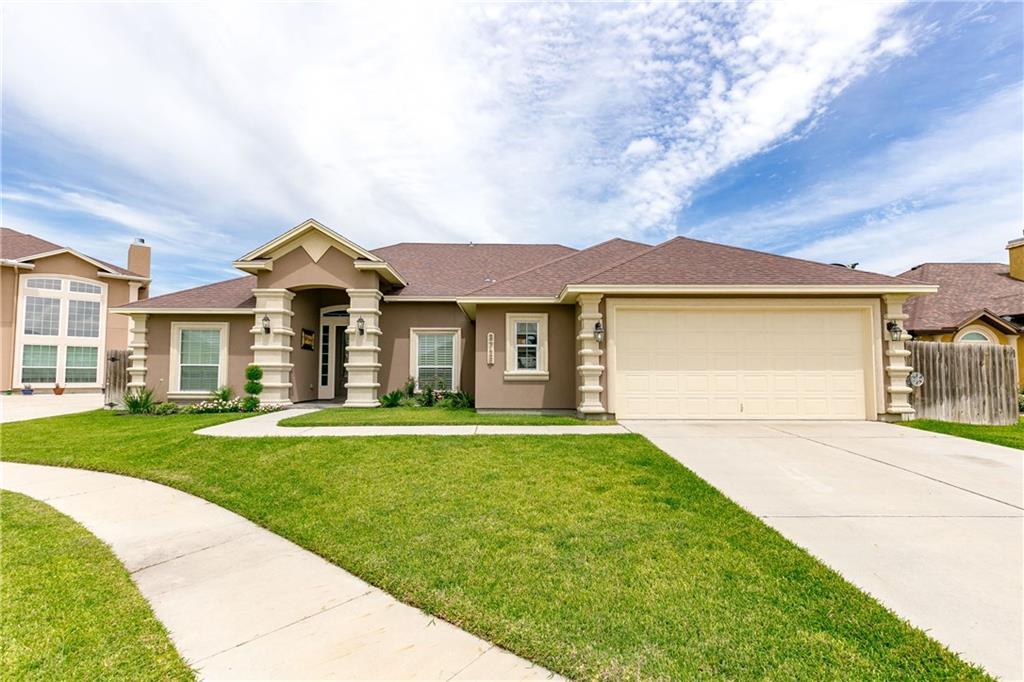 3726 Lake Mc Queeney Ct, Robstown, TX 78380