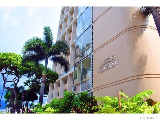 555 University Avenue 3706, Honolulu, HI 96826