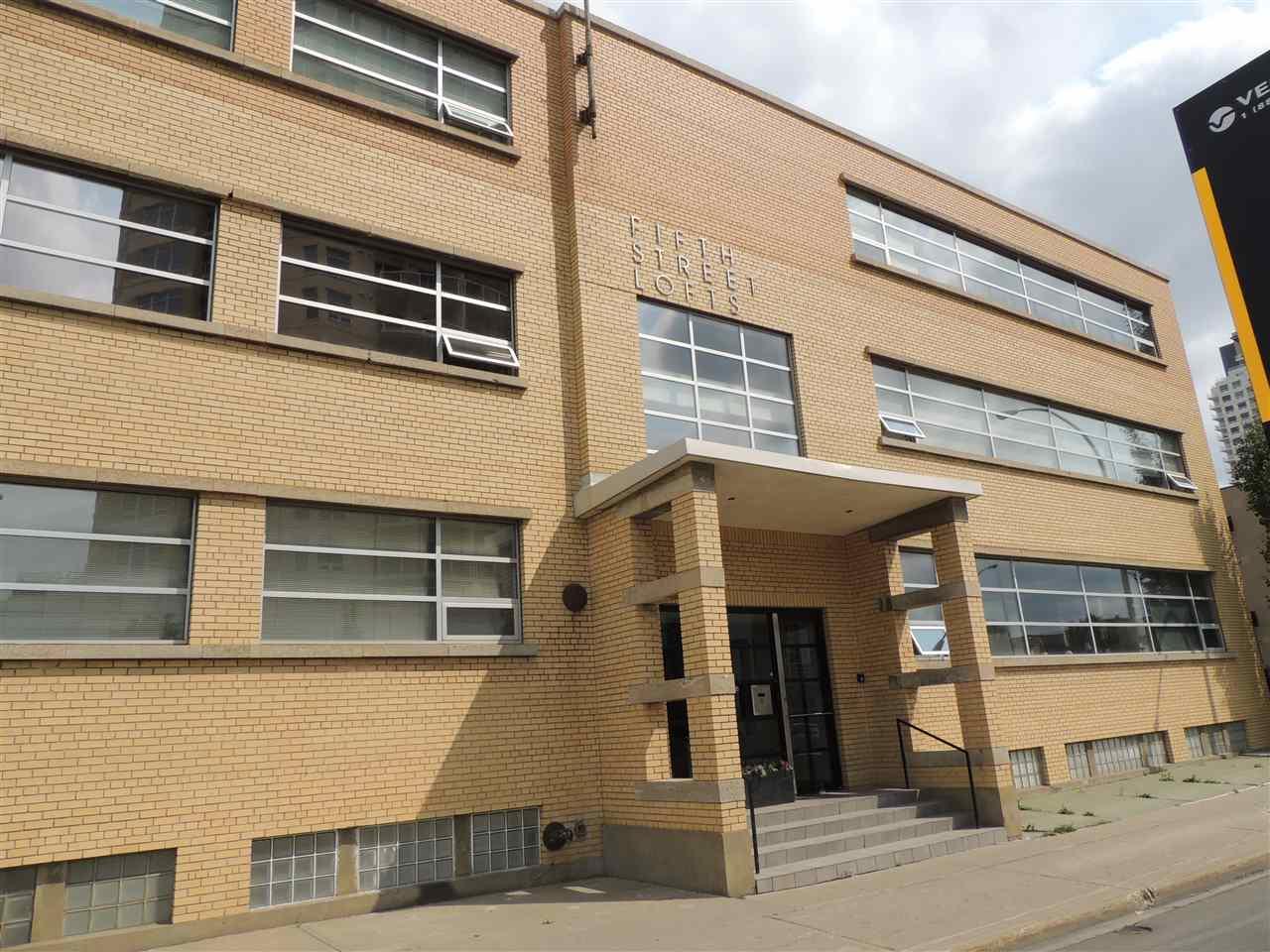 10355 105 Street 208, Edmonton, AB T5J 1E8