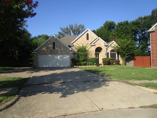 647 Teresa Lane, Grand Prairie, TX 75052