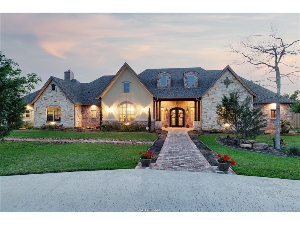 17976 Ranch House Road, College Station, TX 77845