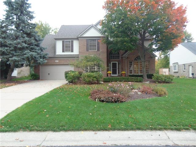 2177 PINE HARBOR LN, Orion Twp, MI 48360