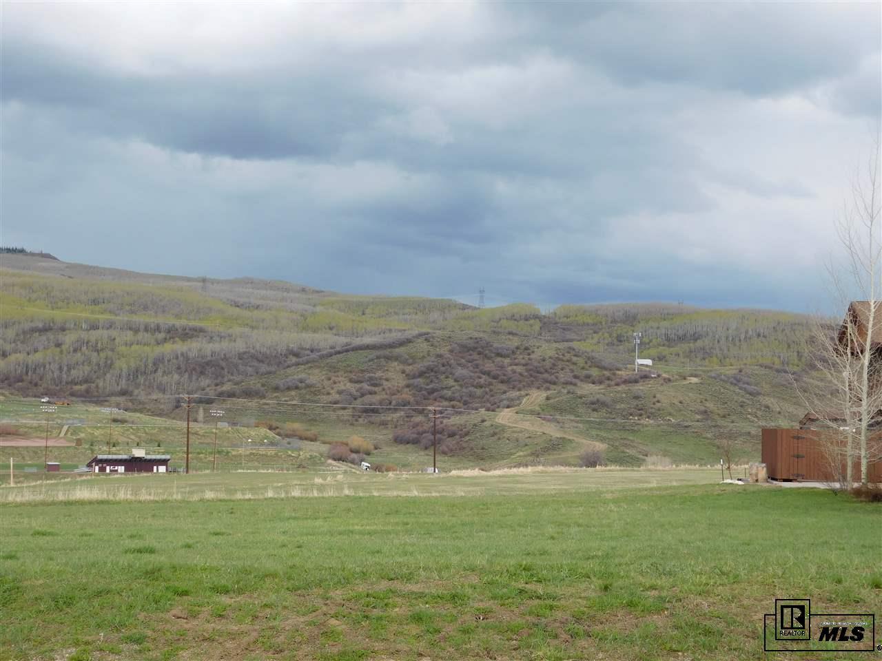131 Oak Ridge Circle, Oak Creek, CO 80467