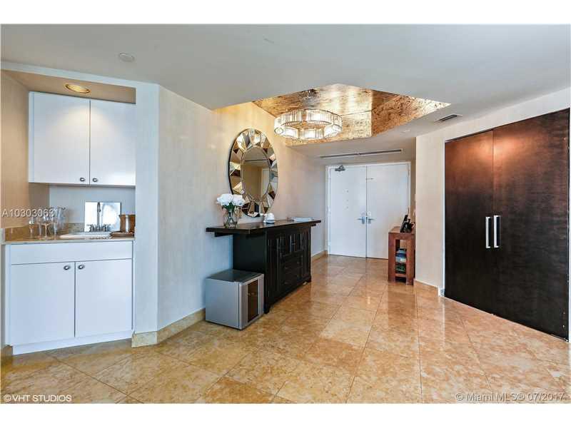 4779 Collins Ave 2201, Miami Beach, FL 33140