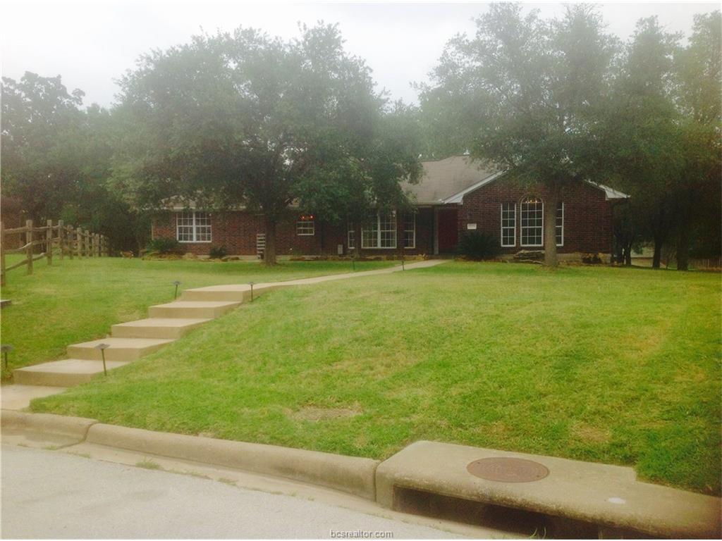 6004 Waldham Grove Lane, Bryan, TX 77802