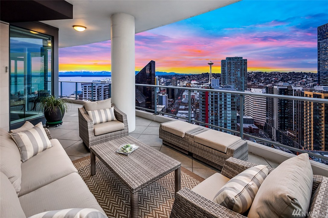 Seattle Condos For Sale Belltown And Downtown Condominiums Condos Seattle Wa