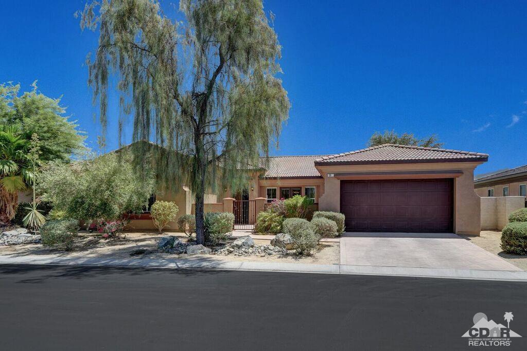 131 Tesori Drive, Palm Desert, CA 92211