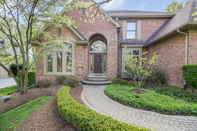 7376 COLCHESTER LN, West Bloomfield Twp, MI 48322