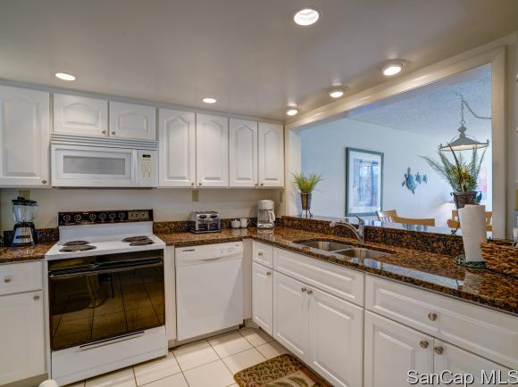 979 EAST GULF DR 332, SANIBEL, FL 33957
