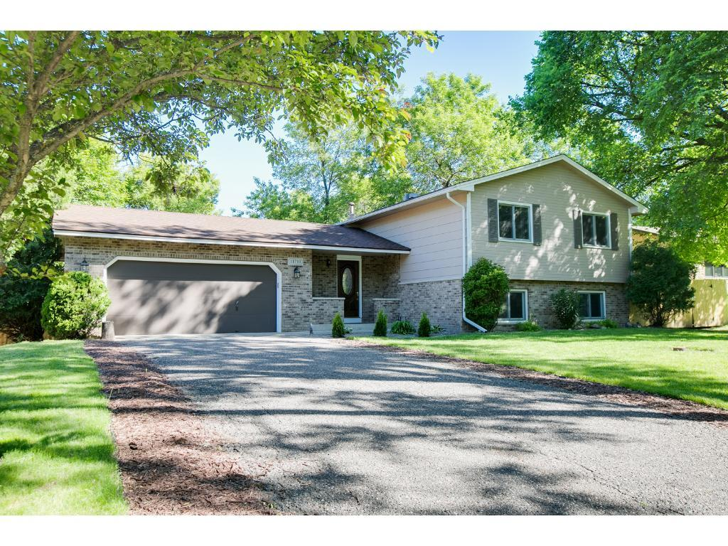 11710 52nd Avenue N, Plymouth, MN 55442