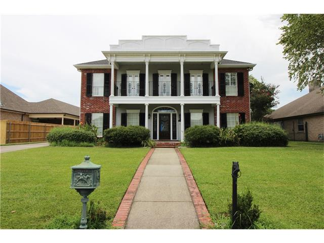 118 COUNTRY MANOR Road, Belle Chasse, LA 70037
