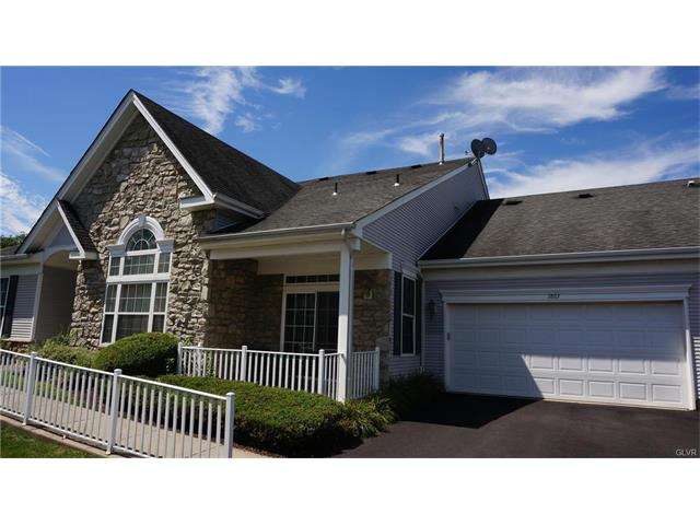 1863 Gregory Place, Lower Saucon Twp, PA 18055