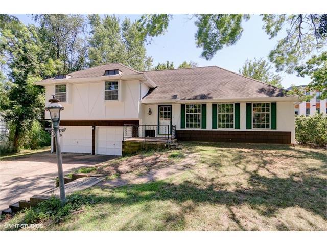 2309 W 74th Terrace, Prairie Village, KS 66208