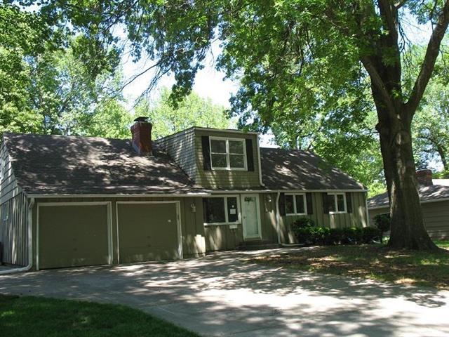 6128 W 76th Place, Prairie Village, KS 66208