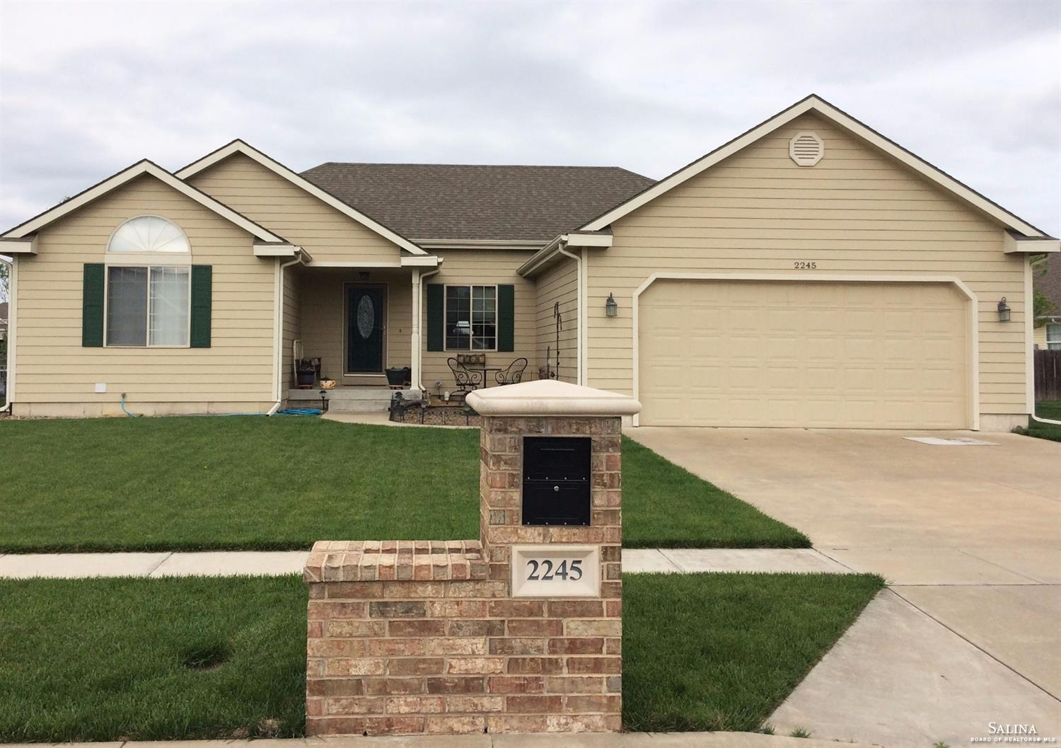 2245 Falconview Drive, Salina, KS 67401