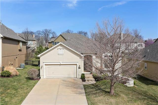 12726 W 49th Terrace, Shawnee, KS 66216