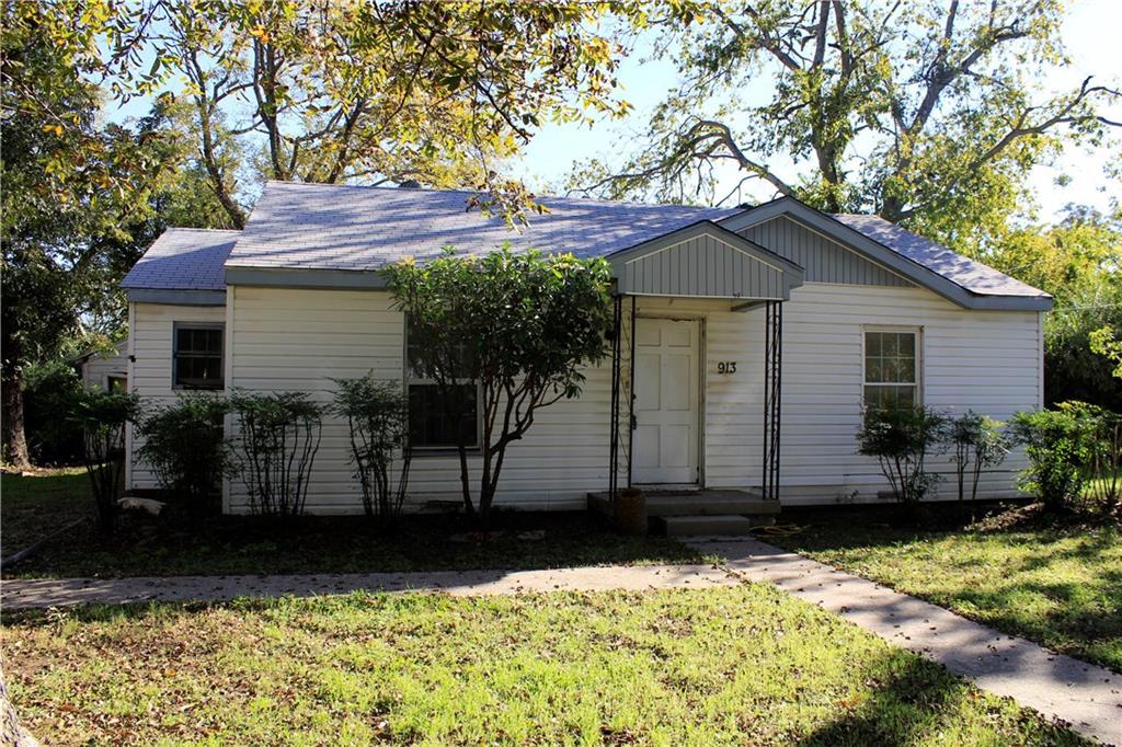 913 Mccormick Street, Denton, TX 76201