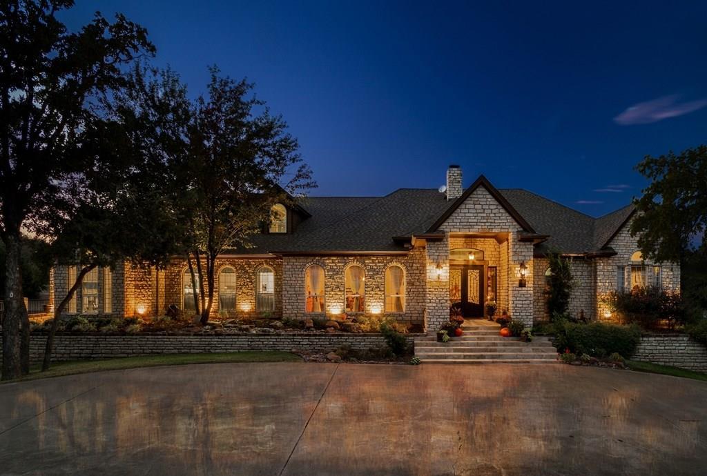 6410 Westover Drive, Granbury, TX 76049