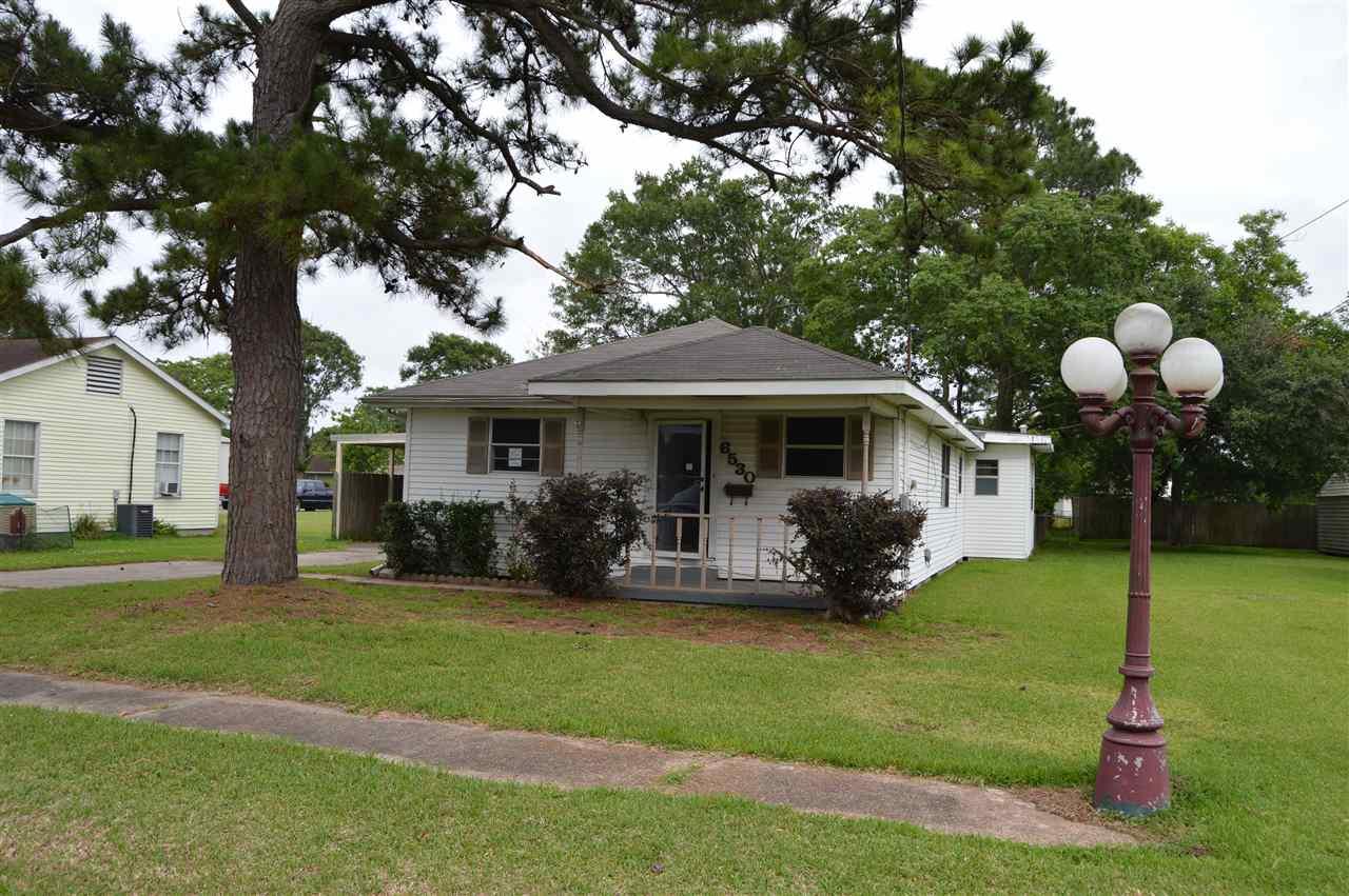6530 VERDE STREET, Groves, TX 77619