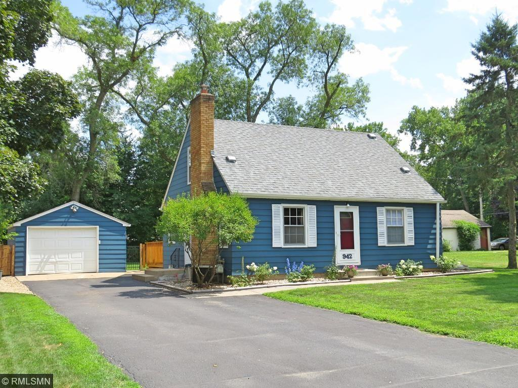 942 Edith Street N, Maplewood, MN 55119