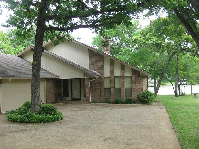 149 Santa Maria Street, Mabank, TX 75156