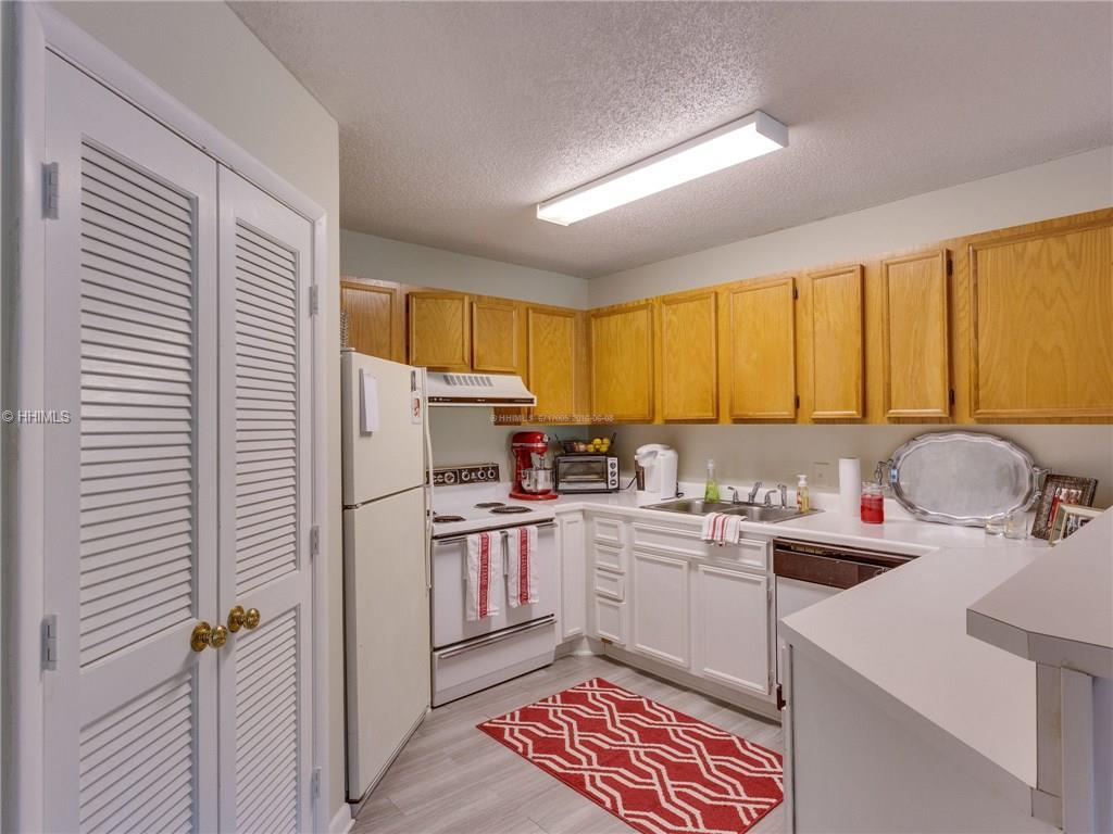 10 Lemoyne Avenue 501, Hilton Head Island, SC 29928