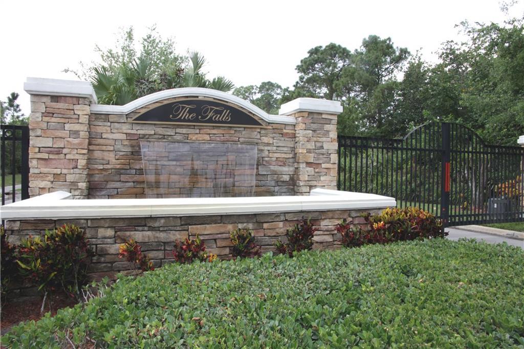 3015 NW Stoney Creek Avenue, Jensen Beach, FL 34957