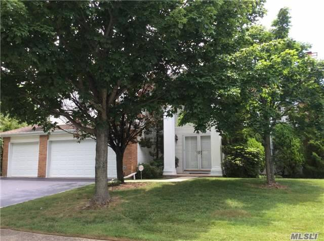 156 Country Club Dr, Commack, NY 11725