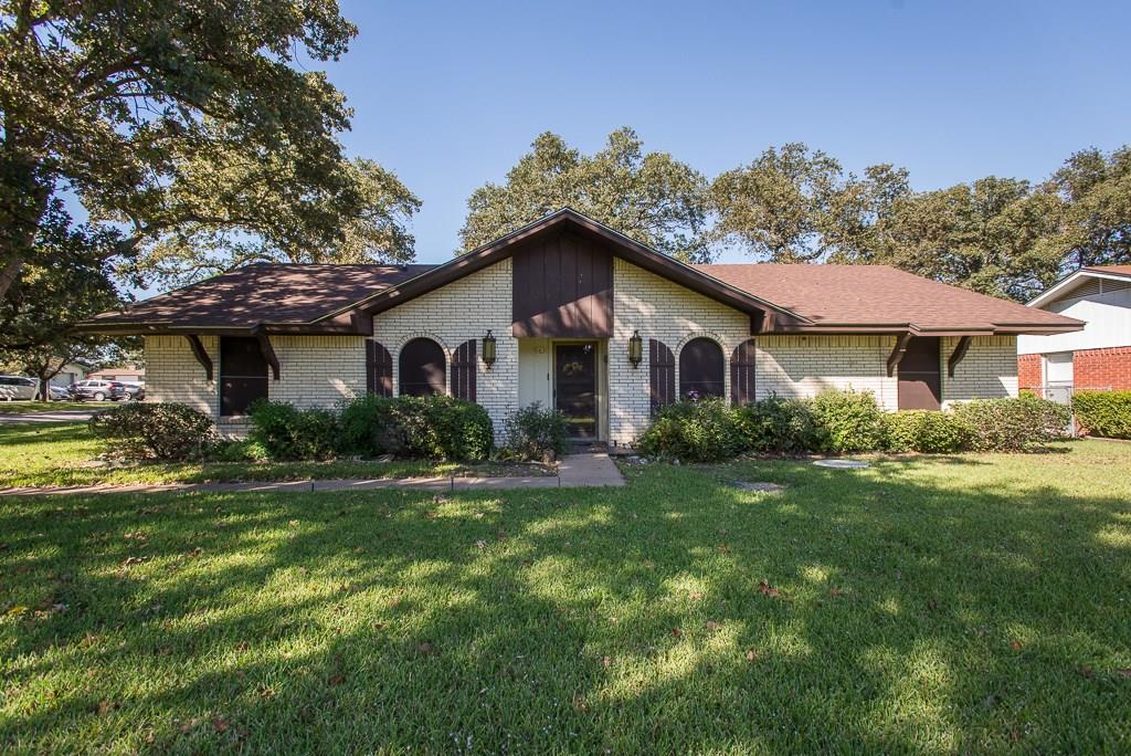 163 Santa Monica Drive, Gun Barrel City, TX 75156