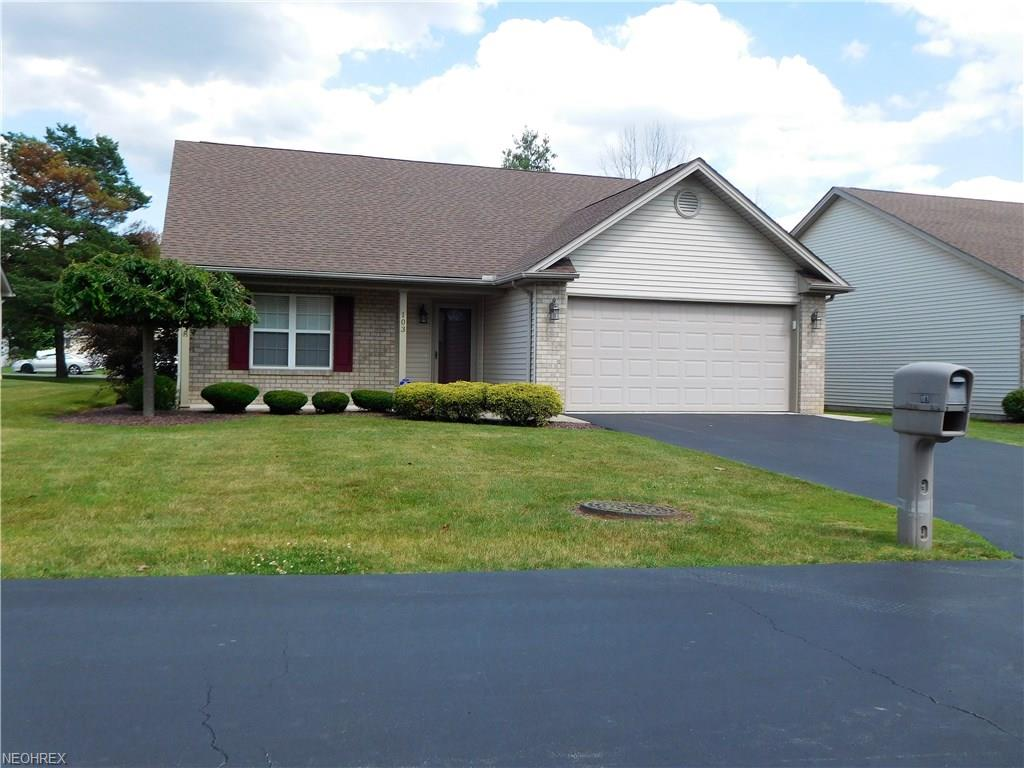 103 Squires Ct, Youngstown, OH 44505