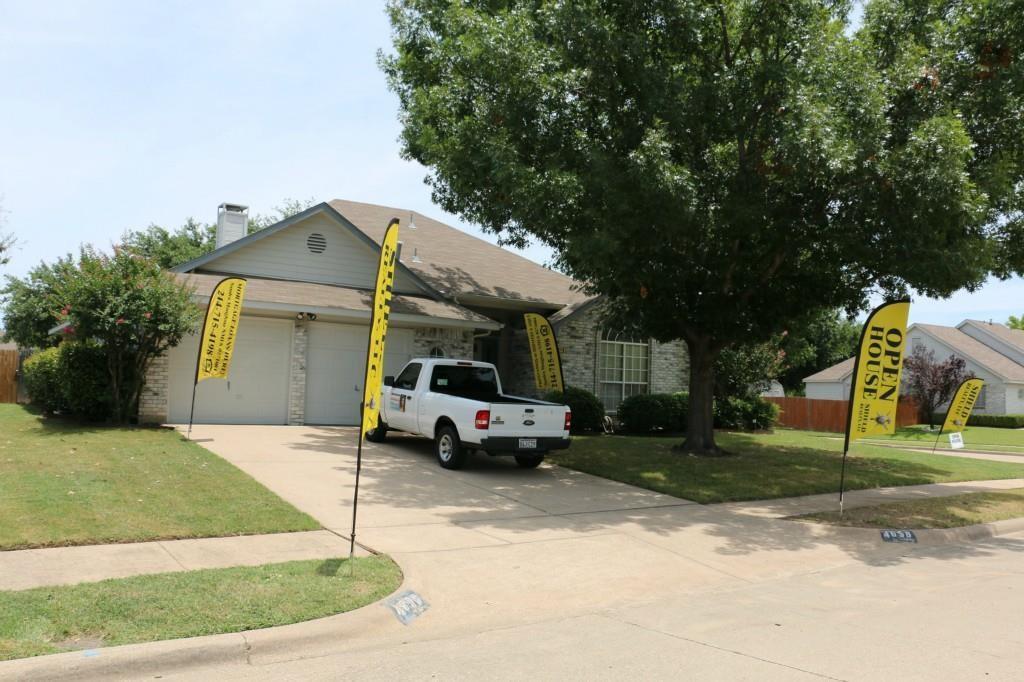 4658 Essex Drive, Grand Prairie, TX 75052
