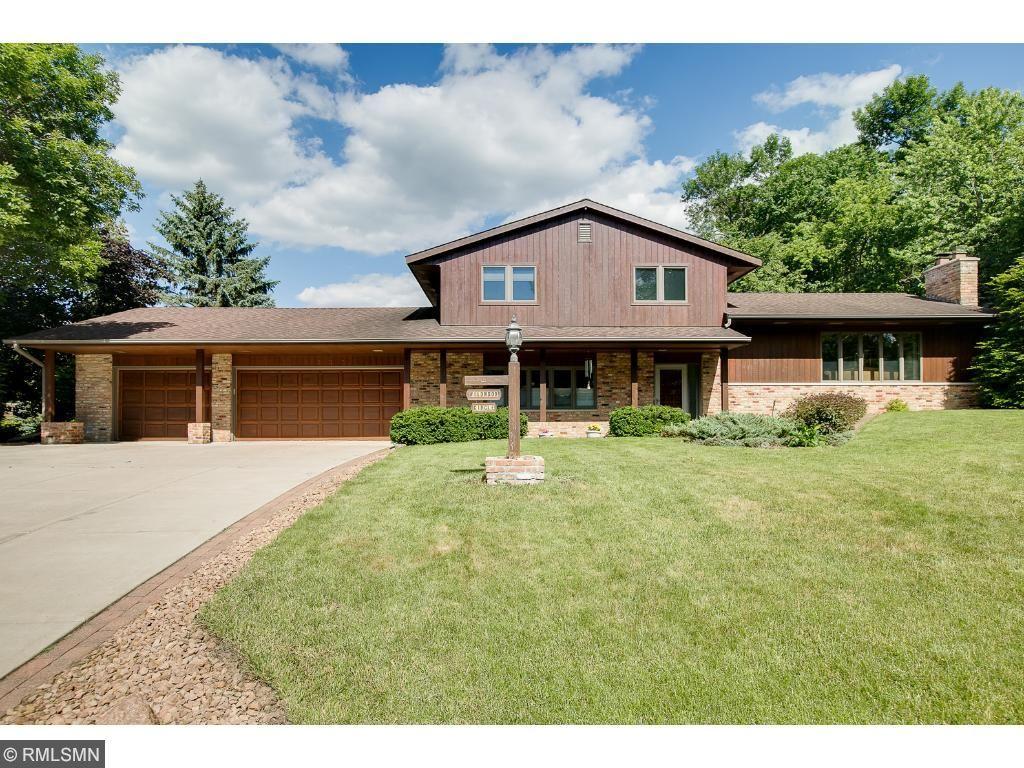 10353 Wildwood Circle, Bloomington, MN 55437