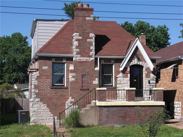 3981 Meramec, St Louis, MO 63116