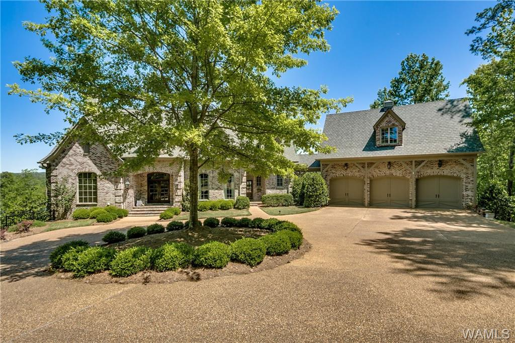 2030 MONARCH LANE, Tuscaloosa, AL 35406