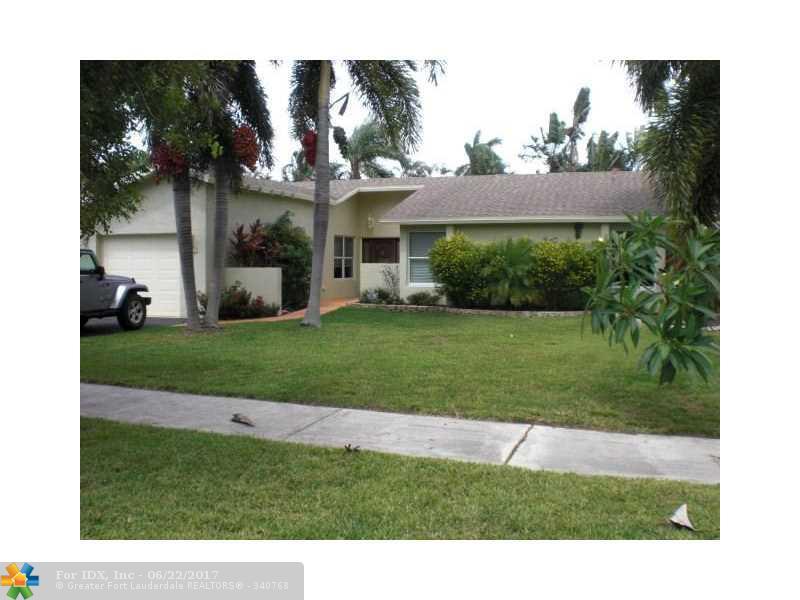 307 NW 39th Way, Deerfield Beach, FL 33442