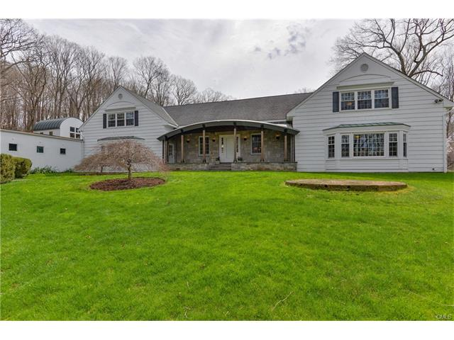 121 New Canaan Road, Wilton, CT 06897