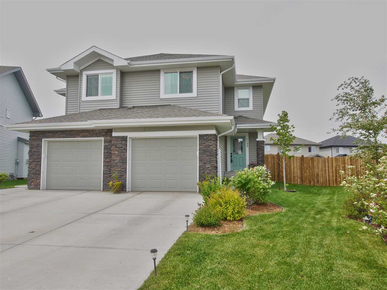 1108 176 Street, Edmonton, AB T6W 2B7