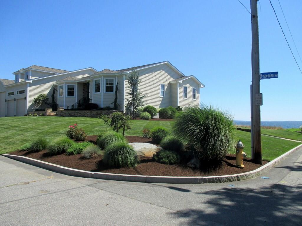 1 Fessenden RD, Barrington, RI 02806