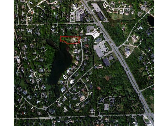 377 Lakewood, Bloomfield Hills, MI 48304
