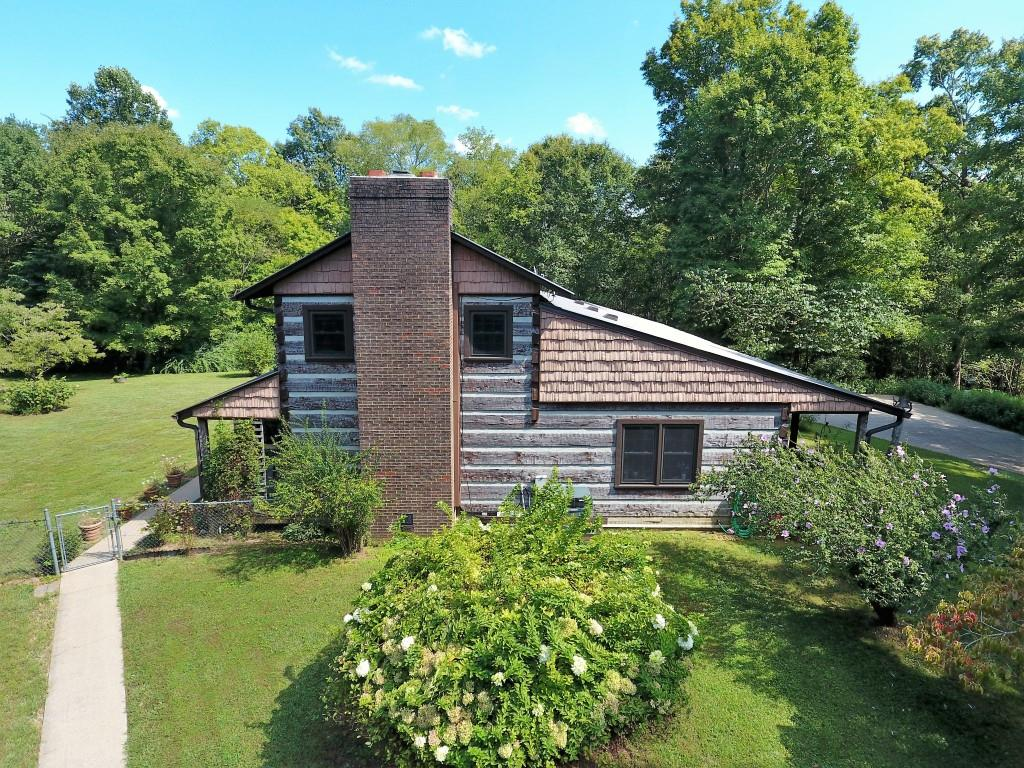 446 Lee Hollow Rd, Indian Mound, TN 37079
