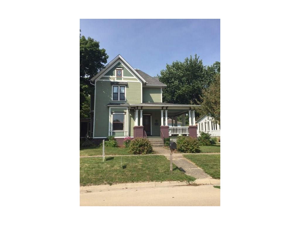 111 7th Avenue NW, Independence, IA 50644