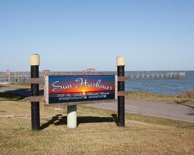 1141 N Fulton Beach #1, Fulton, TX 78358