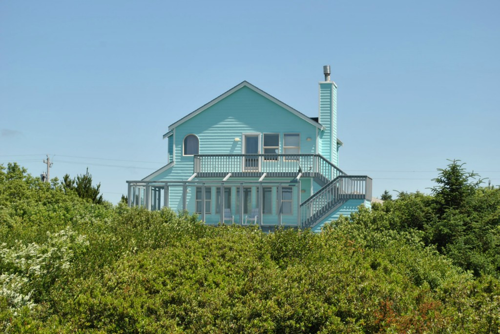 237 Sand Dune Ave SW, Ocean Shores, WA 98569