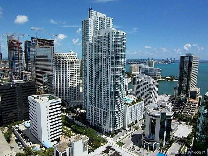 950 Brickell Bay Dr 1506, Miami, FL 33131
