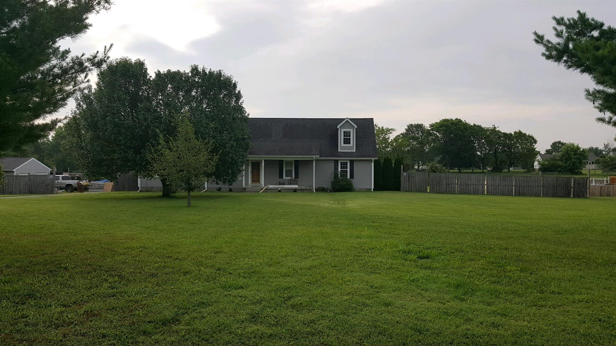 4326 White Oak Dr, Murfreesboro, TN 37128